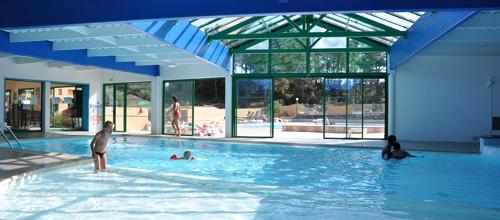 Camping avec une piscine couverte saint hilaire de riez for Piscine saint hilaire de riez