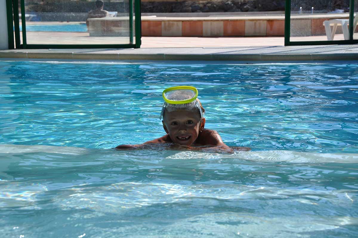 détail Camping piscine